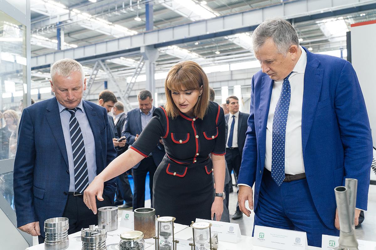 Губернатор Ленобласти ознакомился с разработками СПбПУ в Балтийской промышленной компании