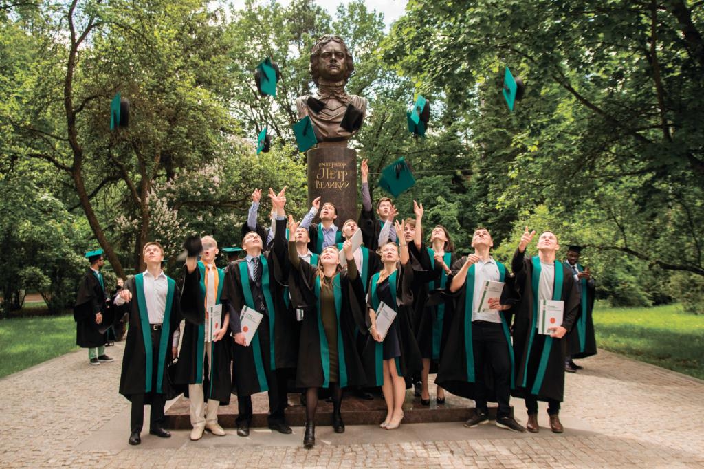 Защиты дипломов завершены!