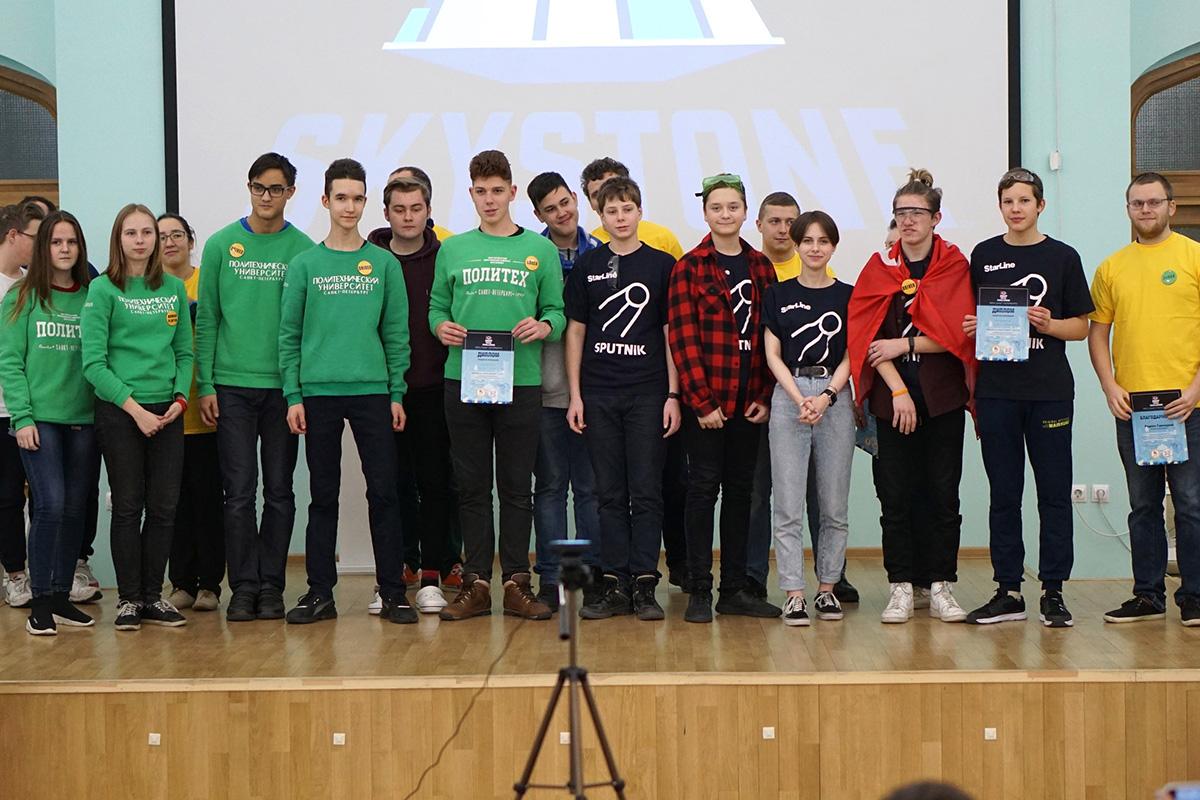 Команда Политеха победила в Лиге Санкт-Петербурга по робототехнике First Tech Challenge