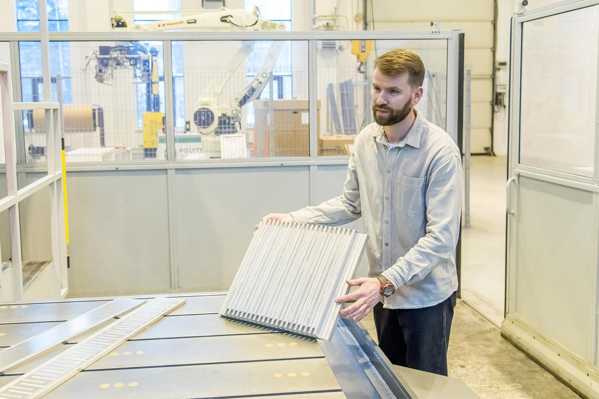 Ученые Политеха создали легкий и прочный радиатор для охлаждения батарей электротранспорта
